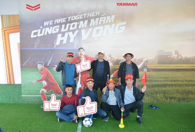Yanmar mở gian hàng nhà tài trợ cổ vũ bóng đá trận đấu Việt Nam - Thái Lan - ảnh 4