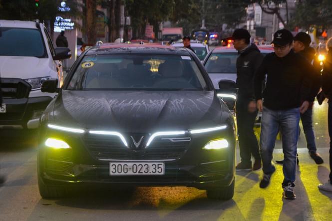 Chủ xe Vinfast chinh phục Hà Giang: Không mệt mỏi sau ngày đầu leo đèo - ảnh 1