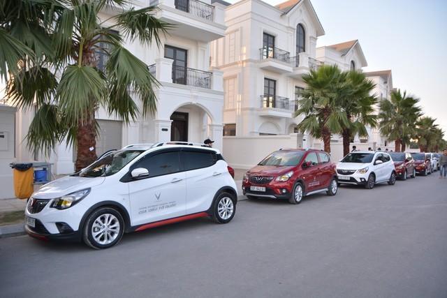 Gần 100 xe Fadil, Lux A2.0 và Lux SA2.0 vượt nghìn km chinh phục Hà Giang - ảnh 2