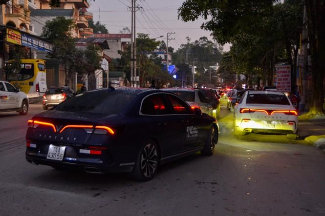Chủ xe Vinfast chinh phục Hà Giang: Không mệt mỏi sau ngày đầu leo đèo - ảnh 2