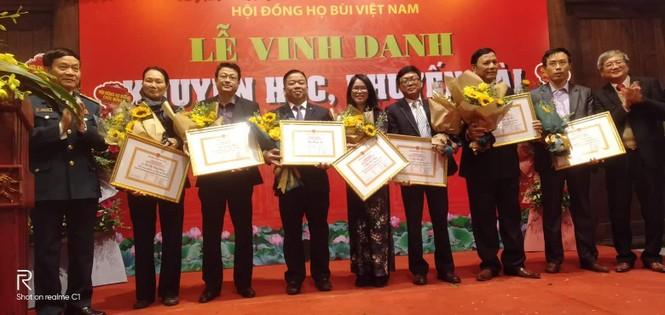 Cộng đồng họ Bùi Việt Nam: Vinh danh khuyến học, khuyến tài năm 2019 - ảnh 6