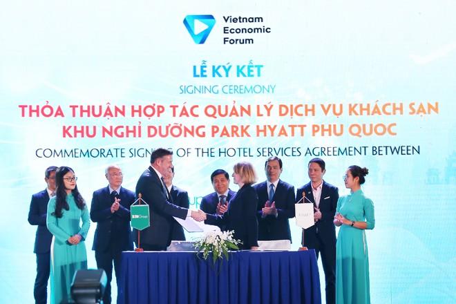 Bim Land và Hyatt ký kết thỏa thuận hợp tác ở diễn đàn cấp cao du lịch VN 2019 - ảnh 2