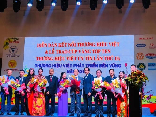 Pymepharco nhận Cúp Vàng Top 10 'Thương hiệu Việt uy tín lần thứ 15' - ảnh 2