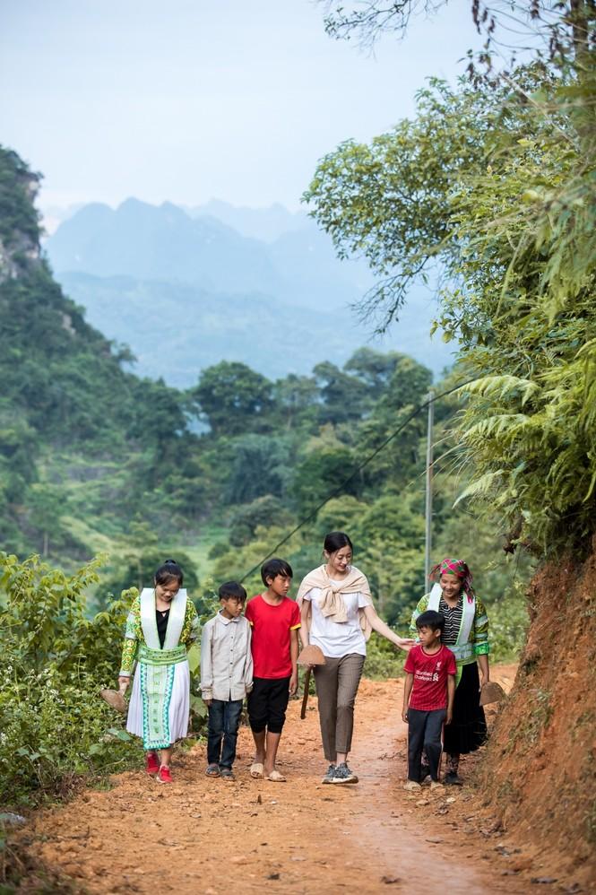 Những con số ấn tượng của dự án 'Đắp đường xây ước mơ' của Lương Thùy Linh - ảnh 3