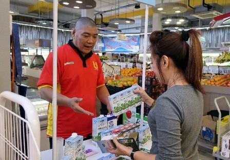 Sữa tươi Ogranic của Vinamilk 'bắt sóng' người tiêu dùng Singapore - ảnh 2