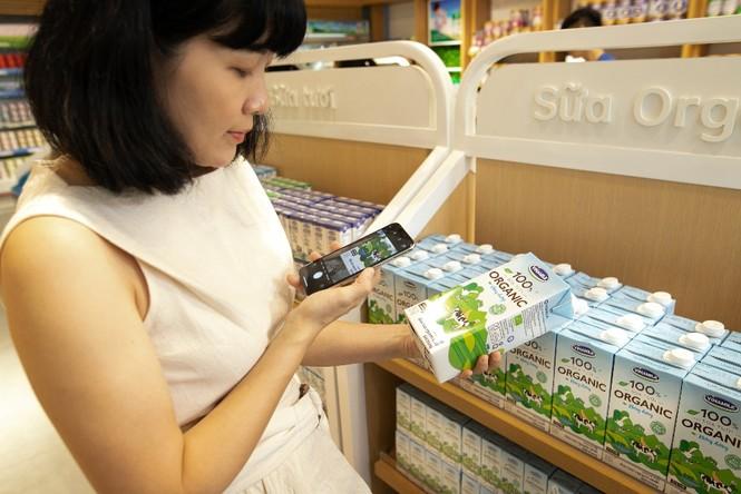 Sữa tươi Ogranic của Vinamilk 'bắt sóng' người tiêu dùng Singapore - ảnh 7