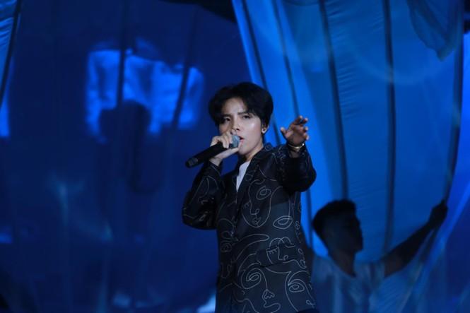 'Khi ta 25' - món quà âm nhạc MB trao gửi khách hàng - ảnh 1