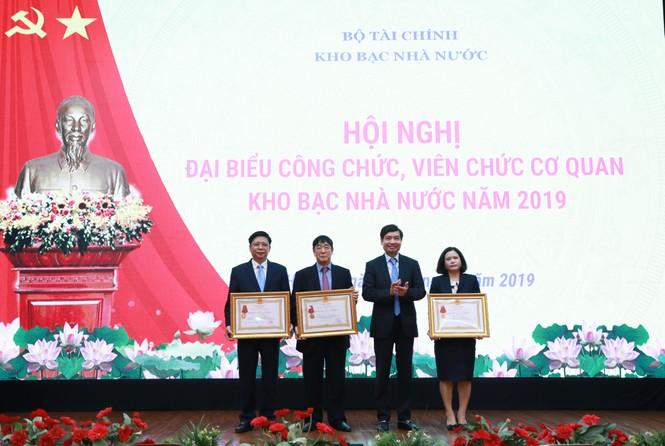 Kho bạc Nhà nước tổ chức Hội nghị công chức, viên chức cơ quan KBNN năm 2019 - ảnh 6