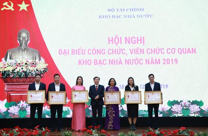 Kho bạc Nhà nước tổ chức Hội nghị công chức, viên chức cơ quan KBNN năm 2019 - ảnh 8