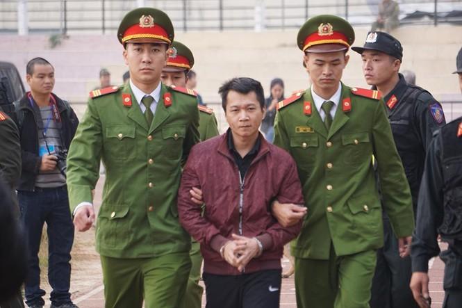 Cận cảnh 9 bị cáo liên quan vụ sát hại nữ sinh Điện Biên - ảnh 3