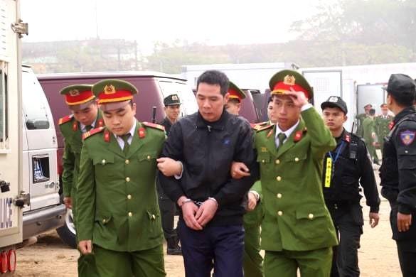 Cận cảnh 9 bị cáo liên quan vụ sát hại nữ sinh Điện Biên - ảnh 7