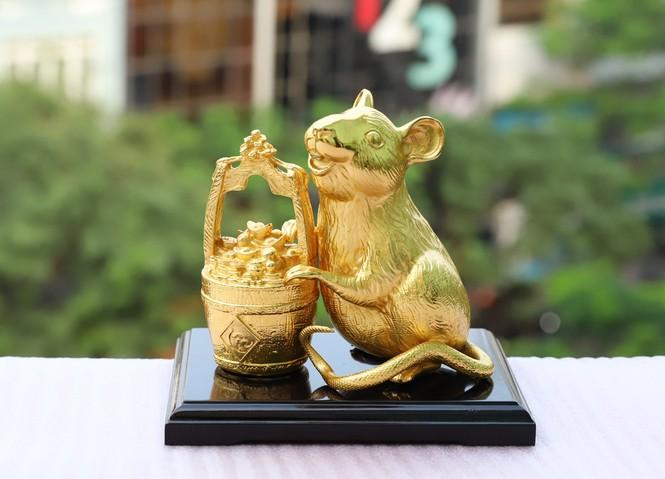 Quà tặng Tết 2020: Xuất hiện bộ sưu tập tượng Chuột mạ vàng đẳng cấp - ảnh 2