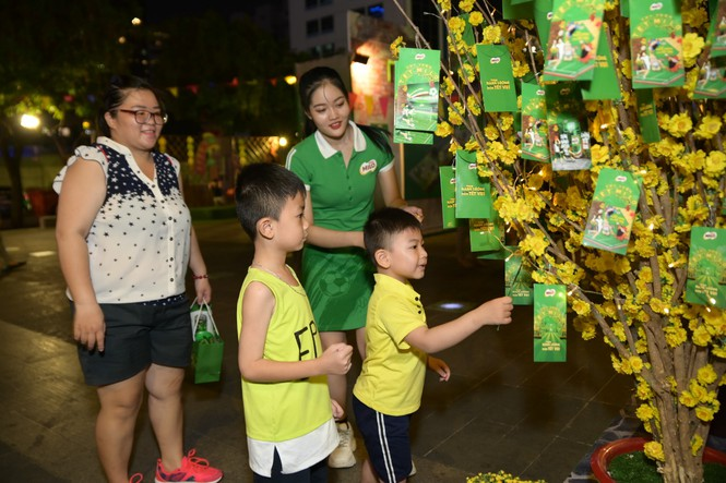 Nestlé MILO mở cửa chào đón các em nhỏ đến với 'Thị Trấn Tết MILO' - ảnh 4