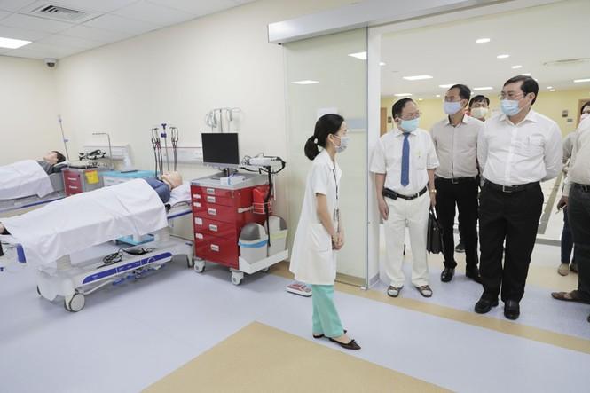 Máy thở của ĐH Duy Tân (DTU-Vent) hứa hẹn giá thành không quá 20 triệu VND - ảnh 2