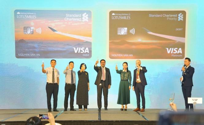 Ra mắt Thẻ Liên kết Vietnam Airlines Standard Chartered EliteFly  - ảnh 1