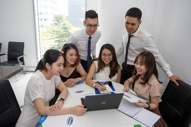 Vinamilk lần thứ 3 liên tiếp được bình chọn là nơi làm việc tốt nhất Việt Nam - ảnh 1