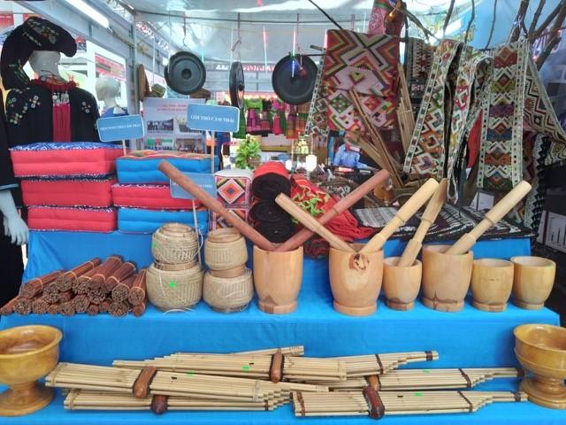Hội chợ - triển lãm thành tựu kinh tế - xã hội tỉnh Thanh Hoá - ảnh 1