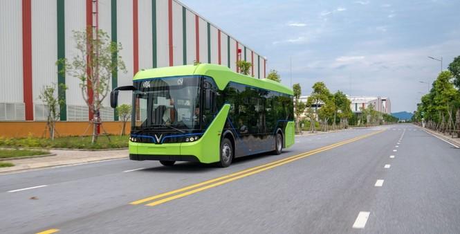 VinBus hợp tác Star Charge phát triển hệ thống trạm sạc xe buýt điện lớn nhất ASEAN - ảnh 2