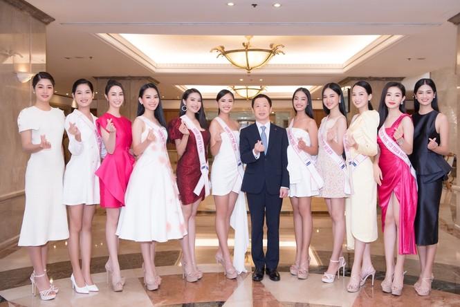 Những hình ảnh đầu tiên của Top 3 cùng dàn người đẹp tại Lotte Hotel Sai Gon - ảnh 5