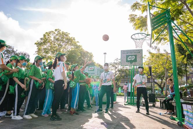 Nestlé MILO truyền cảm hứng thể thao cho hàng ngàn học sinh Cần Thơ - ảnh 2