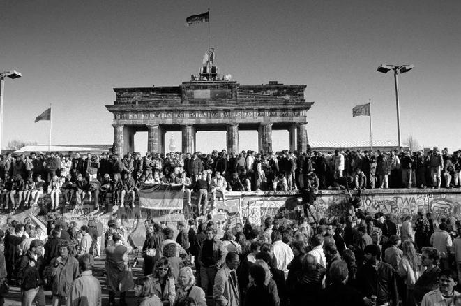 """""""Cỗ xe tăng Đức"""" – Từ đống tro tàn vươn lên cường quốc hàng đầu – Kỳ II - ảnh 6"""