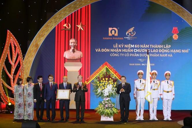 Dược Nam Hà đạt nhiều thành tựu lớn trong năm khó khăn - ảnh 1