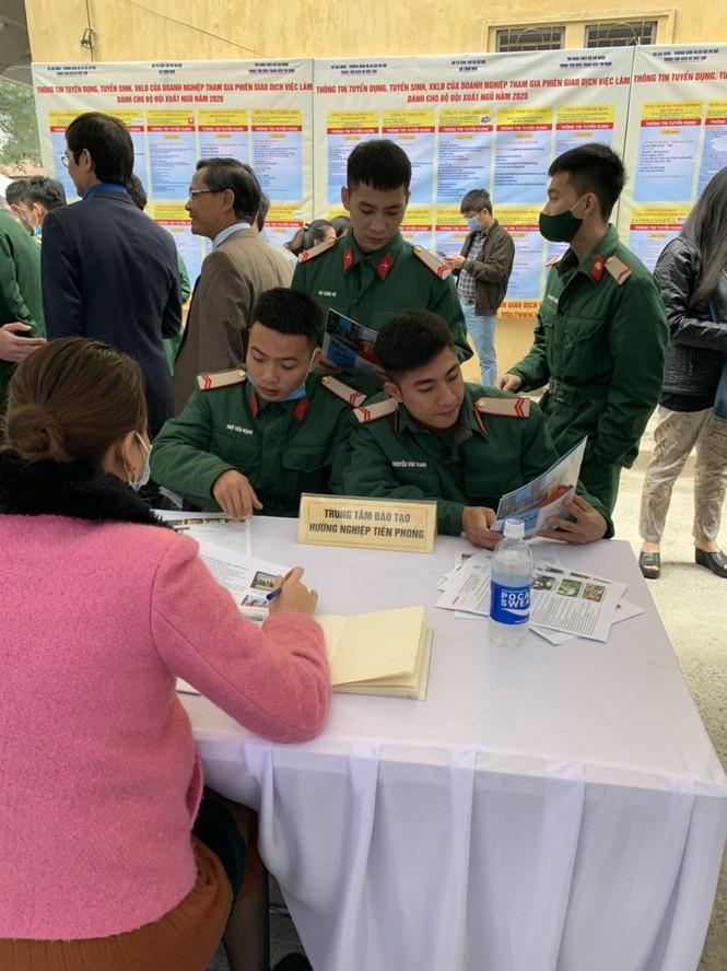Trung tâm đào tạo và hướng nghiệp Tiền Phong tư vấn hướng nghiệp cho bộ đội xuất ngũ - ảnh 4