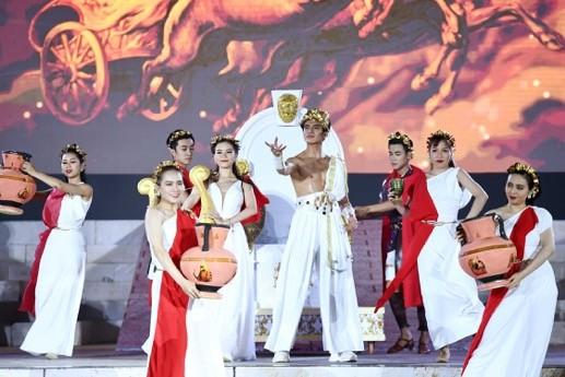 """Bùng nổ """"Đại tiệc của thần Ánh sáng"""" của Sun Group tại Nam Phú Quốc - ảnh 3"""
