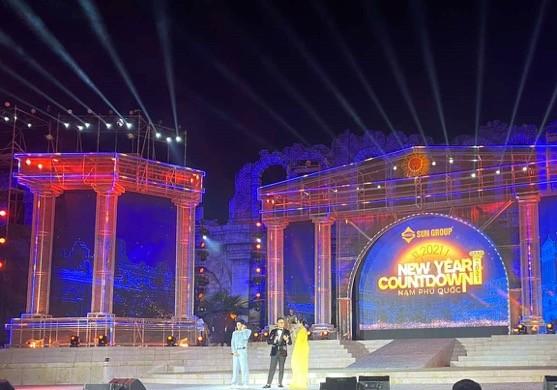 """Bùng nổ """"Đại tiệc của thần Ánh sáng"""" của Sun Group tại Nam Phú Quốc - ảnh 9"""