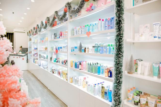 Lạc lối vào thiên đường mỹ phẩm, thời trang – Trần Phi Yến Store - ảnh 3