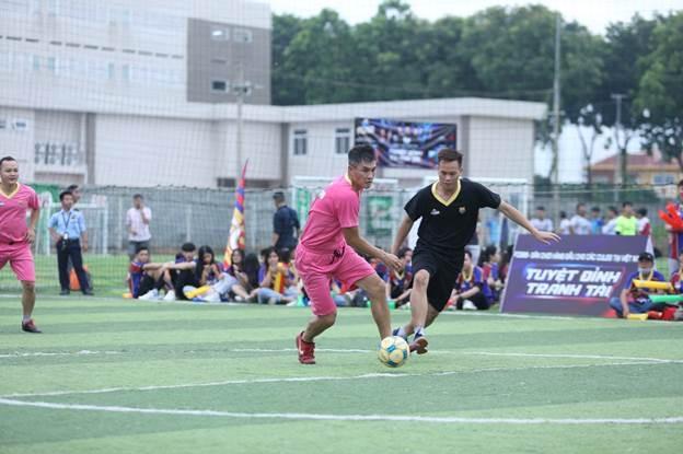 Sân chơi trẻ thu hút từ Thuỷ Tiên, Công Vinh tới Dế Choắt, Ricky Star - ảnh 1