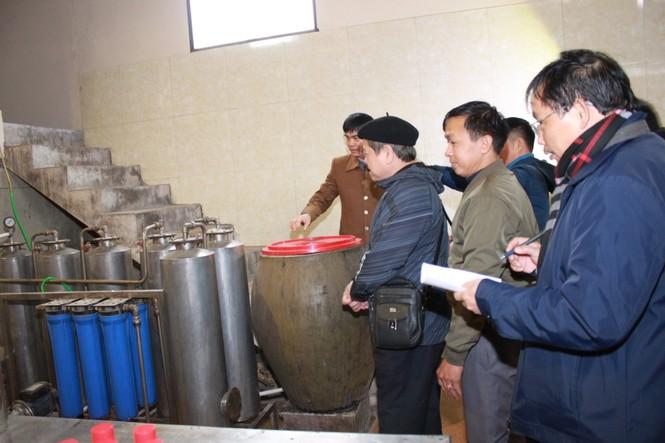 Nâng cao nhận thức cho các hộ sản xuất rượu thủ công - ảnh 2
