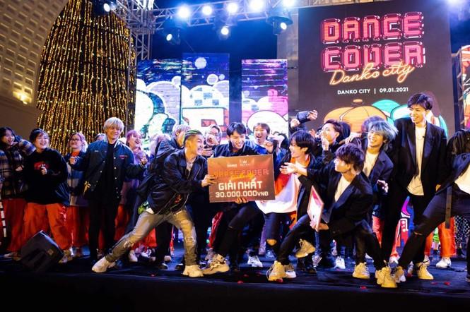 Dance cover Danko City: Bùng cháy với các vũ điệu Kpop cùng Cường seven  - ảnh 3
