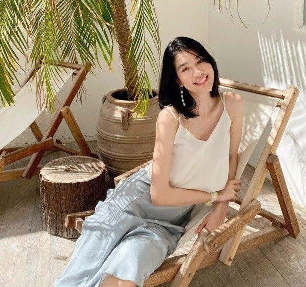 Những hình ảnh đời thực giản dị và xinh đẹp của Top 3 Hoa Hậu Việt Nam 2020 - ảnh 6