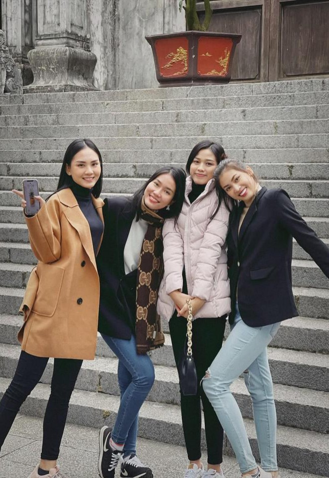 Những hình ảnh đời thực giản dị và xinh đẹp của Top 3 Hoa Hậu Việt Nam 2020 - ảnh 14