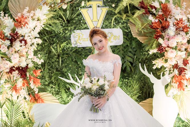 Chiêm ngưỡng váy cưới Top 10 được thiết kế bởi thương hiệu Ren Bridal Studio - ảnh 2
