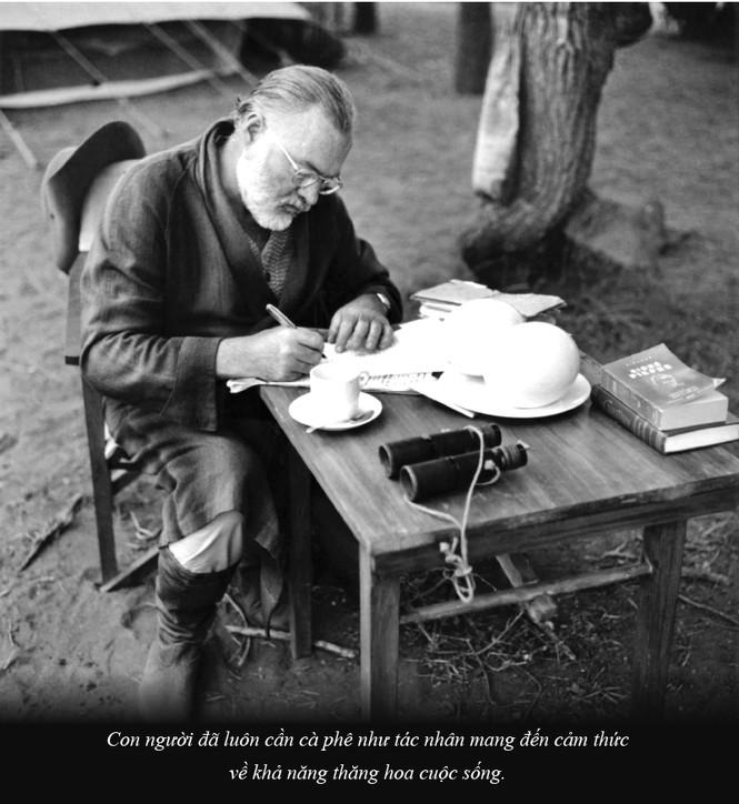 Kỳ 61: Ernest Miller Hemingway và những kiệt tác văn chương viết tại quán cà phê - ảnh 2