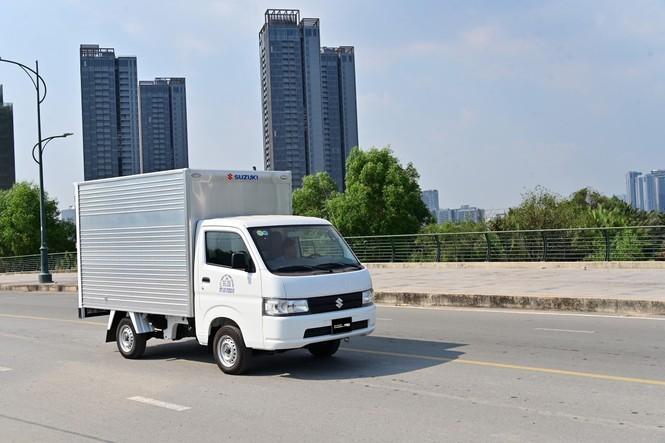 Muôn kiểu 'khởi nghiệp' bằng xe tải nhẹ giữa đại dịch Covid-19 - ảnh 2