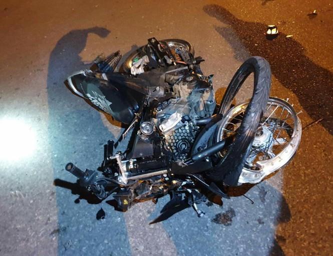 Hai người chết tại chỗ trước cổng KCN vì thanh niên chạy xe như bay  - ảnh 3