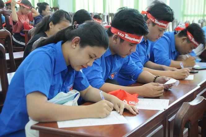 Hàng trăm bạn trẻ có mặt từ sớm tham gia Chủ Nhật Đỏ tại Kiên Giang - ảnh 5