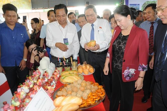 Chủ tịch Quốc hội dự khai mạc Hội chợ Du lịch Quốc tế Cần Thơ 2019 - ảnh 3
