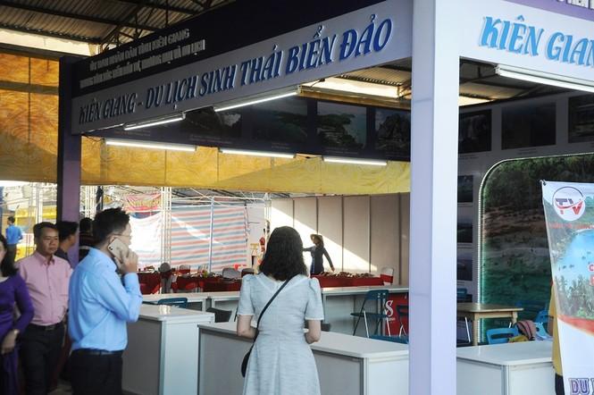 Chủ tịch Quốc hội dự khai mạc Hội chợ Du lịch Quốc tế Cần Thơ 2019 - ảnh 7