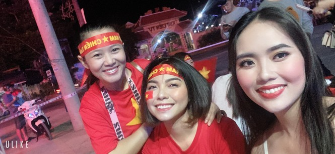 Bạn trẻ Tây Đô háo hức cổ vũ đội tuyển U22 Việt Nam - ảnh 3