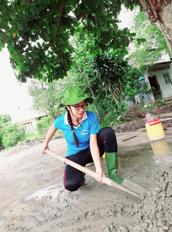 Nữ sinh Vĩnh Long sở hữu thành tích 'khủng' đáng ngưỡng mộ  - ảnh 1