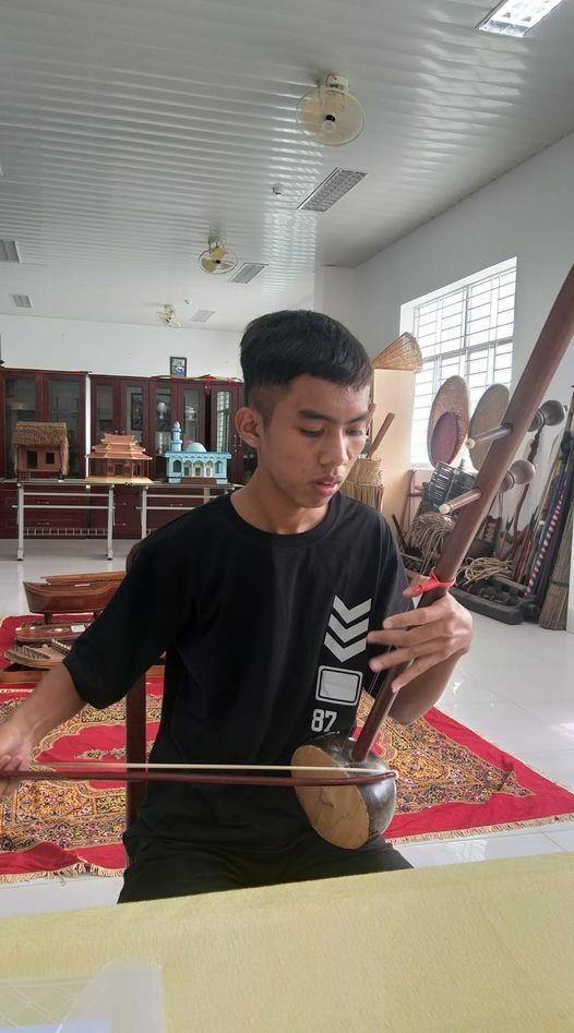 Thủ khoa dân tộc Khmer mong muốn giữ gìn giá trị truyền thống  - ảnh 1