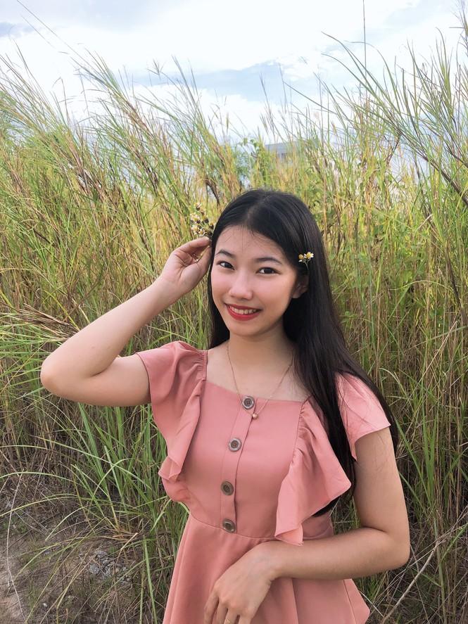 Nữ sinh ĐH Kiên Giang trưởng thành từ công tác Đoàn  - ảnh 2