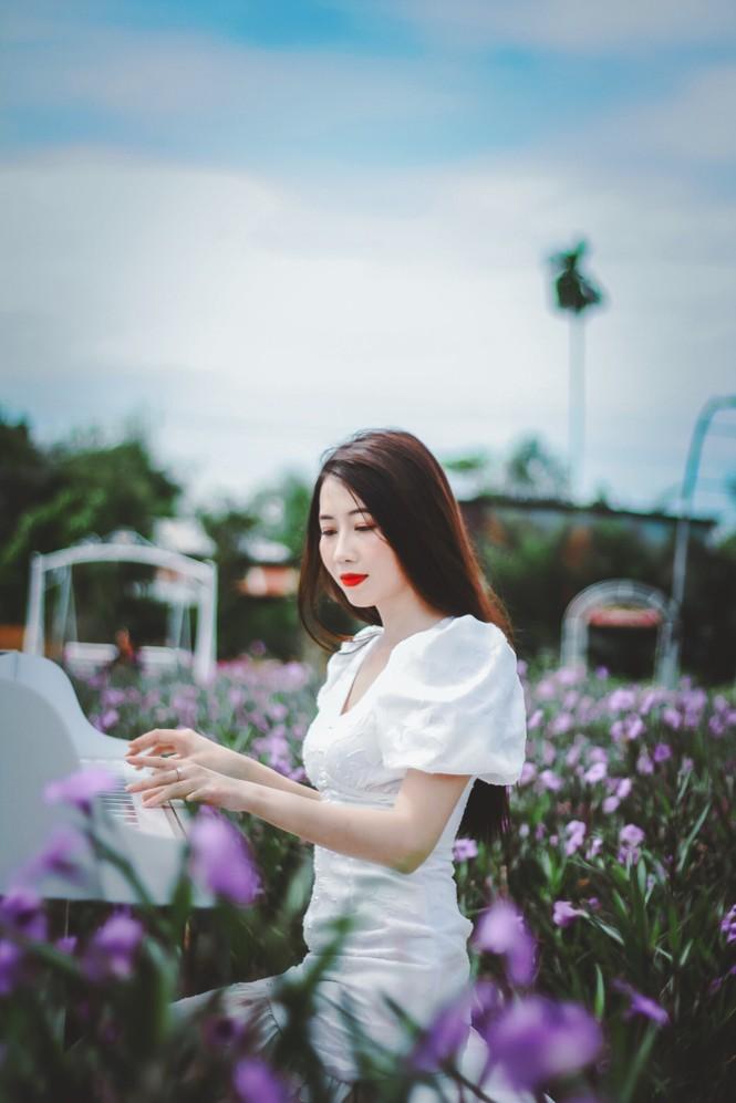 Vẻ đẹp ngọt ngào của nữ sinh đất Sen Hồng - ảnh 7