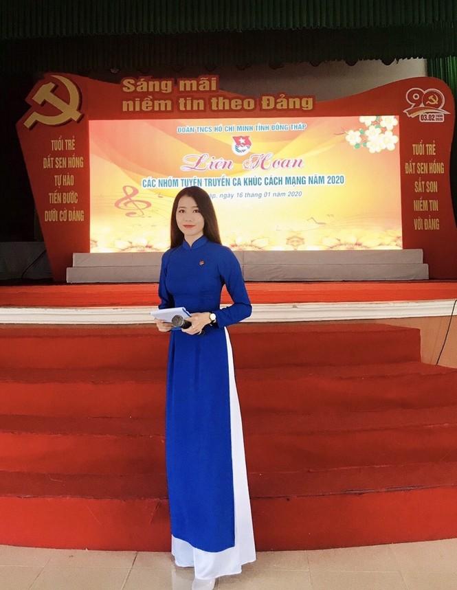 Vẻ đẹp ngọt ngào của nữ sinh đất Sen Hồng - ảnh 5