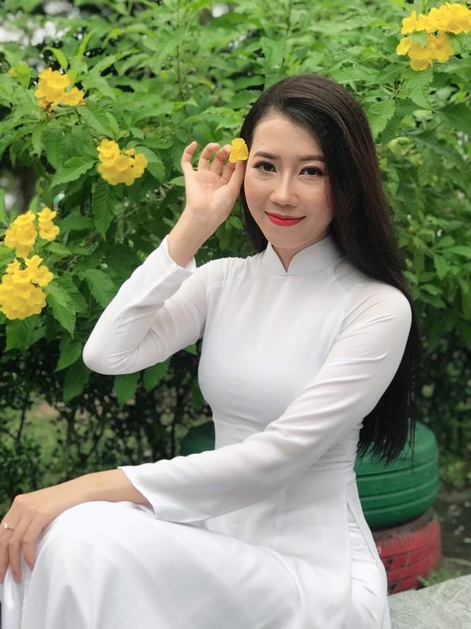 Vẻ đẹp ngọt ngào của nữ sinh đất Sen Hồng - ảnh 3