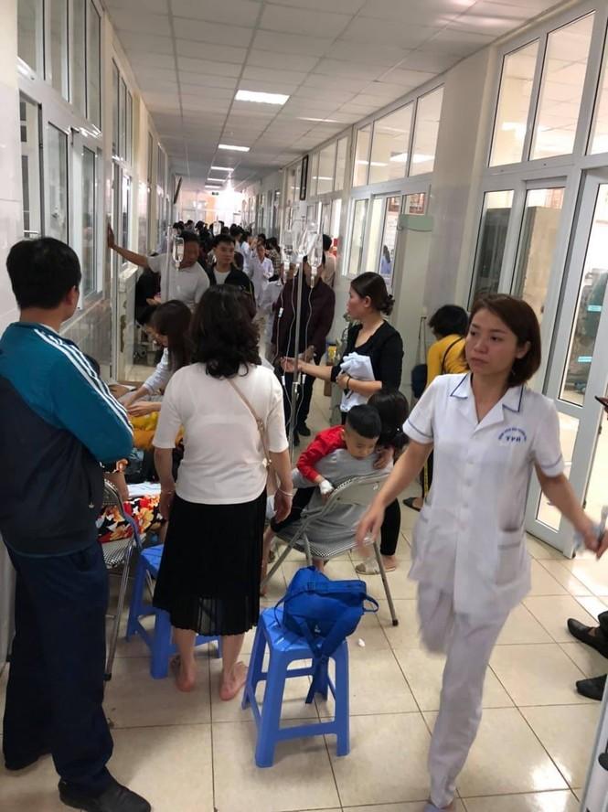 Tạm dừng ăn bán trú ở trường có 130 trẻ nhập viện nghi ngộ độc thực phẩm - ảnh 3